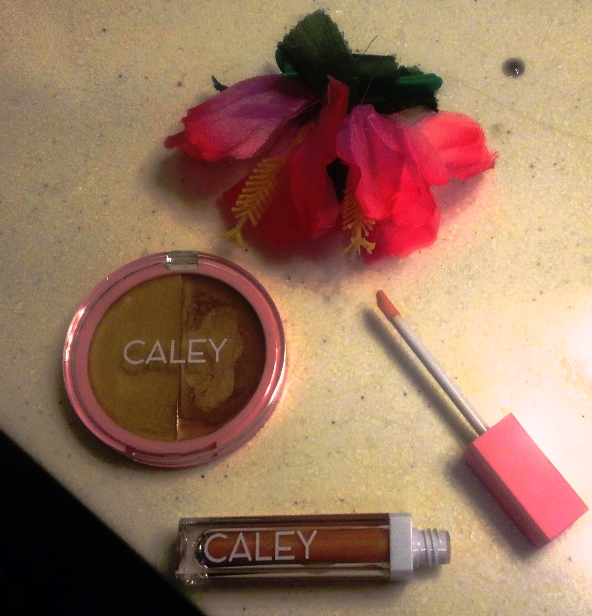 Caley clean cosmetics